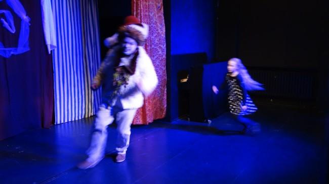 ALICE IM WUNDERLAND von Lewis Carroll (Kinderstück) Galerie 2