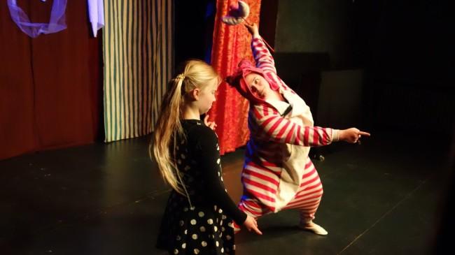 ALICE IM WUNDERLAND von Lewis Carroll (Kinderstück) Galerie 6
